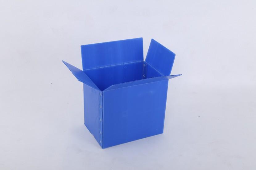 塑料中空板周转箱