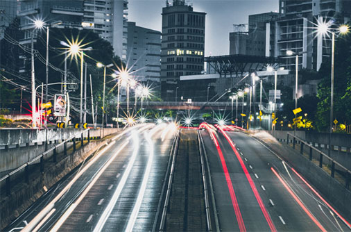 """道路导视系统设计的""""光污染""""问题"""