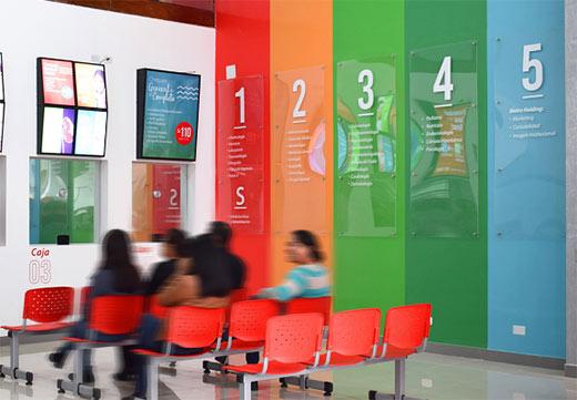 Humanidad Salud医疗中心环境导视设计欣赏